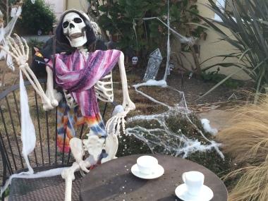 Skeleton tea