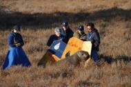 Marine mammal volunteers steer mom back to the water 6